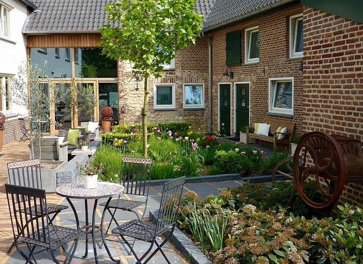 Guest house 613901 • Bed and Breakfast Zuid Limburg • Dalauro Bed & Breakfast