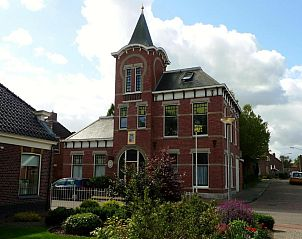 Guest house 053402 • Bed and Breakfast Noordwest Groningen • B&B Raadhuis