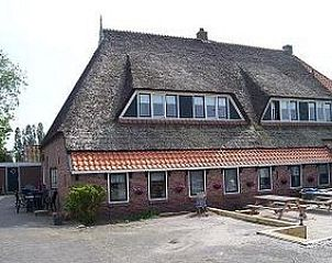 Guest house 263001 • Bed and Breakfast Het Friese platteland • stelpshoeve
